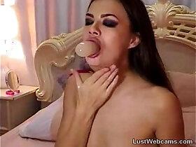 deepthroat porn - Hot dildo deepthroat on cam
