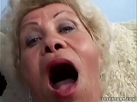 granny porn - Granny fucks in POV