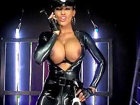 latex porn - Fernanda Ferrari latex cop nightshow