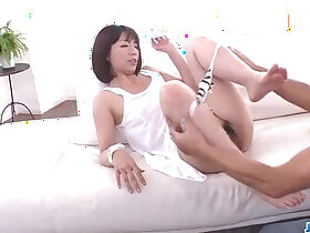 mom porn - Izumi Manaka sexy mom the fucked by step son
