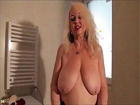 bathroom porn - granny dana strip in bathroom
