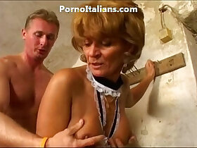 enjoying porn - Old lady enjoys getting fucked from behind vecchia signora gode scopata dietro