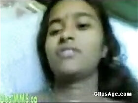 desi porn - tamil girl get her first time shy insertion mms
