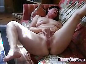 clit porn - Horny Granny Rubs Clit And Pussy
