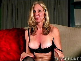 cams porn - Naughty old spunker loves to talk dirty and play on camera with juicy pussy