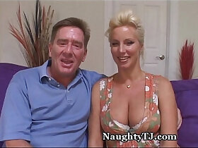 amazing porn - Amazing Mature woman Gets Jizz Shower