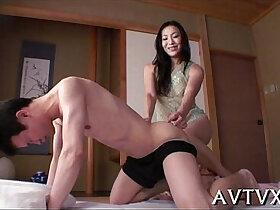 oral porn - Mesmerizing oriental oral sex