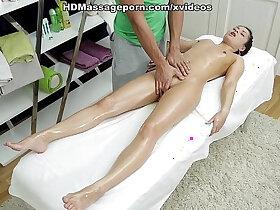 doll porn - Sexmassage makes pretty doll Betty get real pleasure