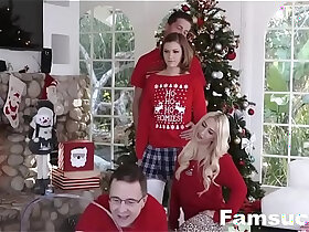 family porn - Step Sis fucked during family cristmas picture