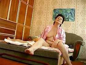 boy porn - Russian mature mother with young boy hiddencam