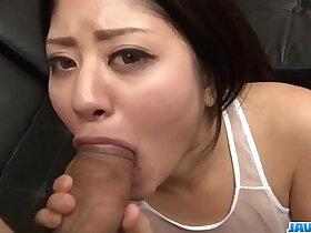cum porn - Mind blowing oral with Konatsu Hinata