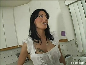 mom porn - Zoey Holloway Step Mom Seduced By Her Young Step Son long version